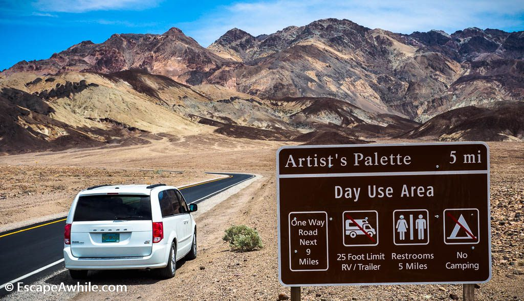 Start of the Artist drive, 9 mile / 15 km one way winding road amongst colourful rocks, Death Valley NP.