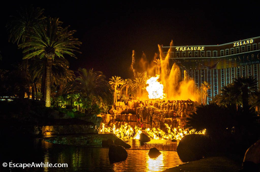 Evening Volcano erruption water, fire and light show in front of the Mirage Hotel, Las Vegas