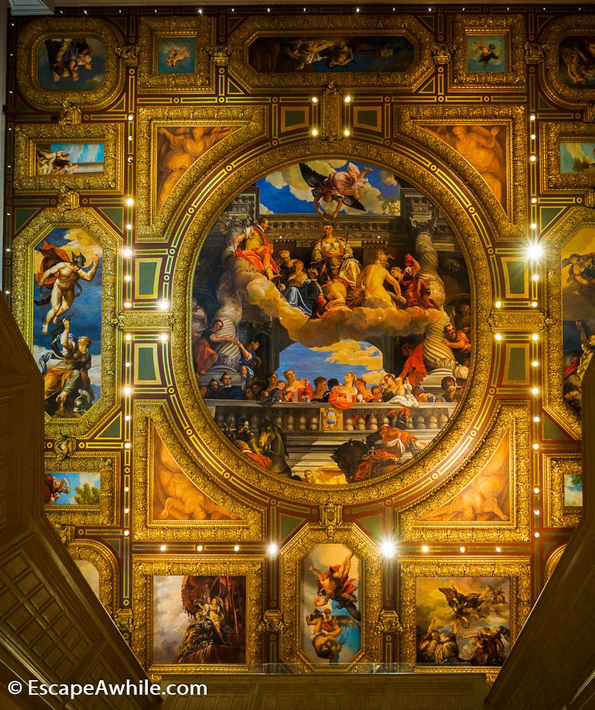Elaborate ceiling in the entry hall of Venetian Hotel, Las Vegas
