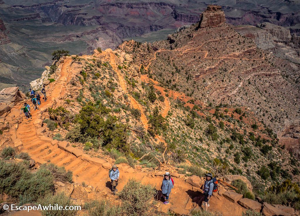 Trail continues its steep descent towards Cedar Ridge. South Kaibab Trail, South Rim, Grand Canyon, Arizona, USA