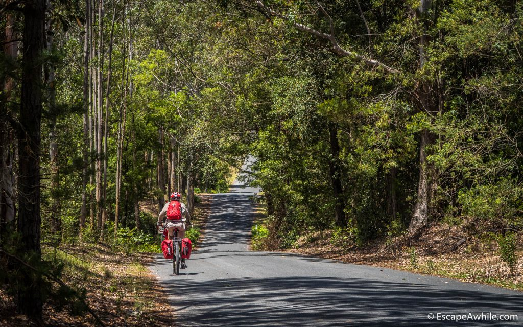Rolling down to Kangaroo Valley on Jack's Corner Road